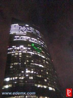 Torre con el logo de Superman, ID13, Iv�n TMy�, 2008