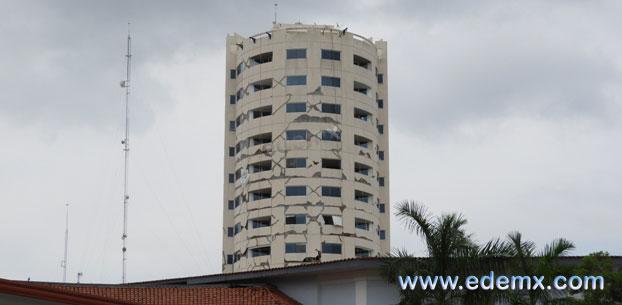 Edificio Dañado, ID2136