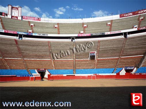 Monumental Plaza Mexico, ID1500, Ivan TMy, 2012