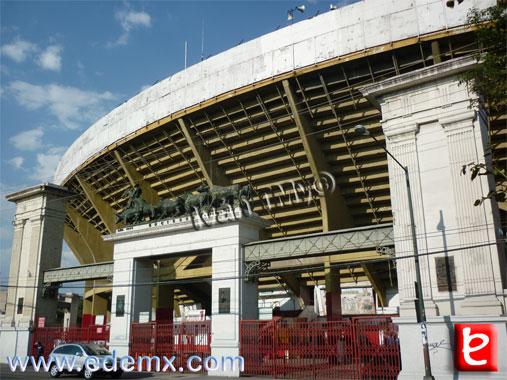 Monumental Plaza Mexico, ID1503, Ivan TMy, 2012