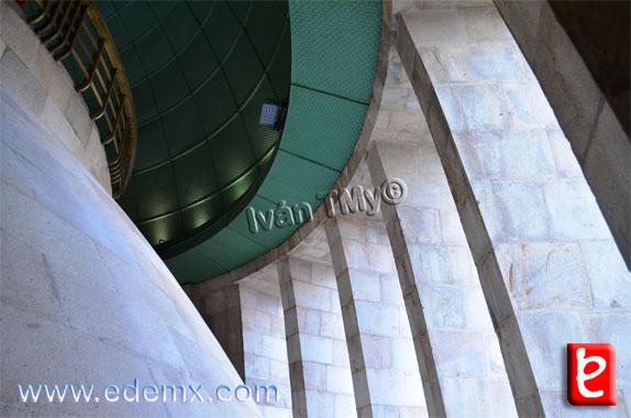 Monumento a la Revolucion, ID1897, Ivan TMy, 2014