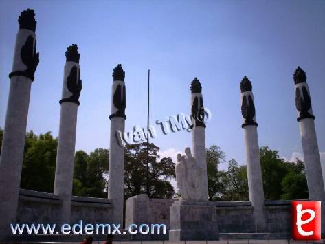 Monumento Ninos Heroes, ID742, Ivan TMy, 2008
