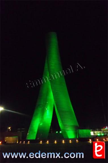Torres Bicentenario, por Emmanuel A., ID1434, 2011