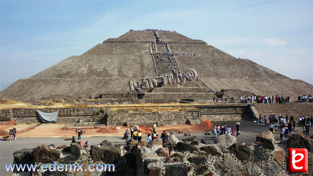 Piramide del Sol, ID1696, Iván TMy©, 2010