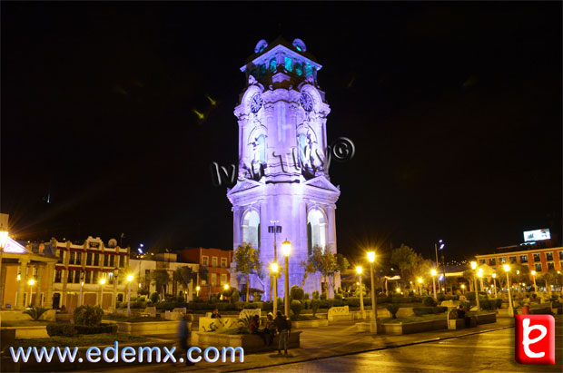 Reloj Monumental de Noche, ID1704, Iván TMy©, 2013.